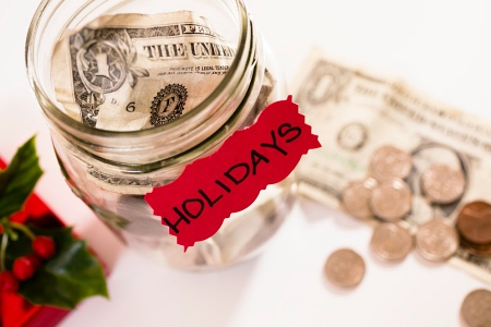 5 Tips To Survive The Holiday Season On A Budget